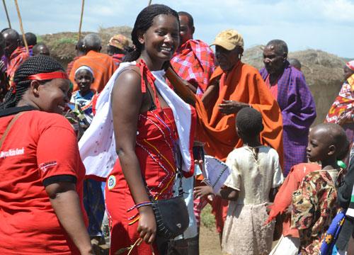 Девушка, которая избежала обрезания и помогла еще 15 000 тысячам девочек